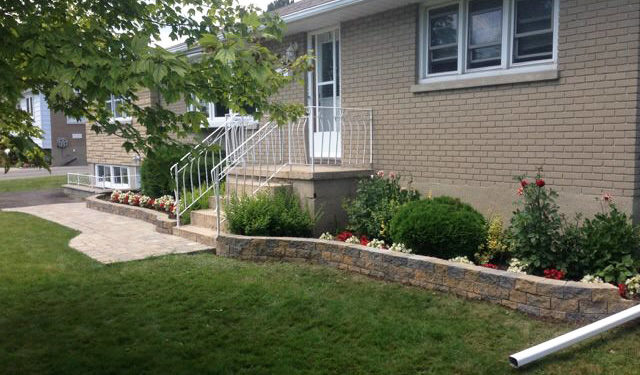garden lawn front yard curb appeal